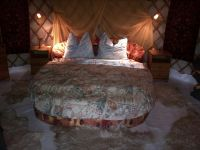 almond-grove-yurt-hotel-3