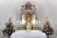 Szent Máté-templom oltára Karácsonykor. Fotó: Somogyi Márk - www.somogyimark.hu